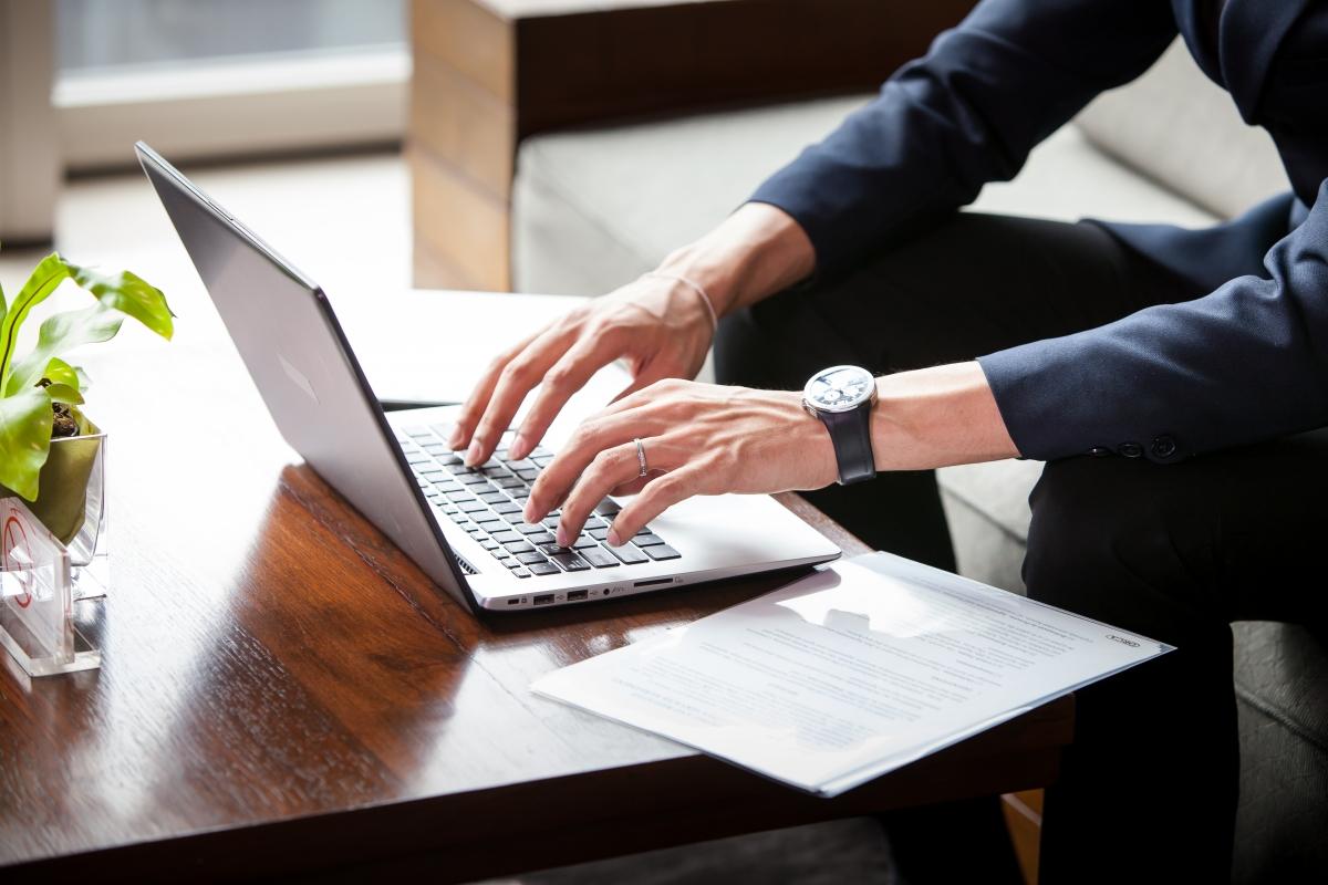 BOZP školenia a kurzy online cez e-academy